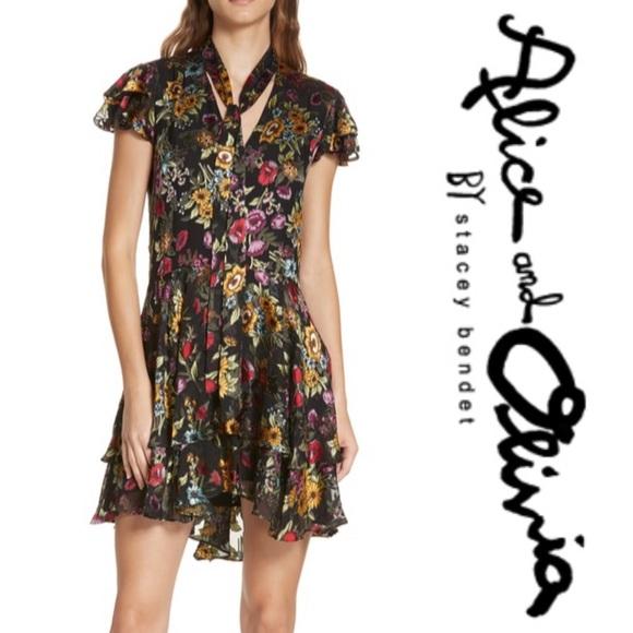 69163871b4 SALE 💫 ALICE + OLIVIA • Moore Floral Minidress